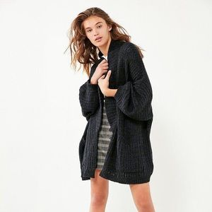 Urban Outfitters BDG Jesse Oversized Cardigan